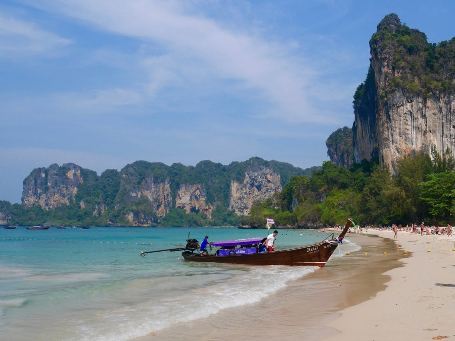 La plage de Railay beach en Thailande