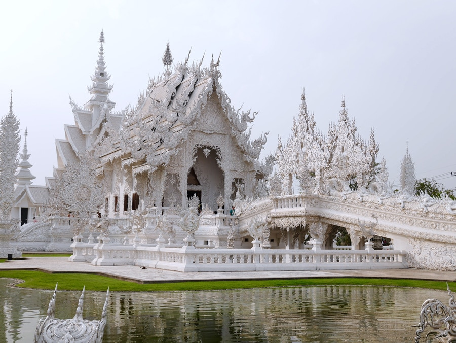 Le temple blanc de Chiang Rai en Thailande