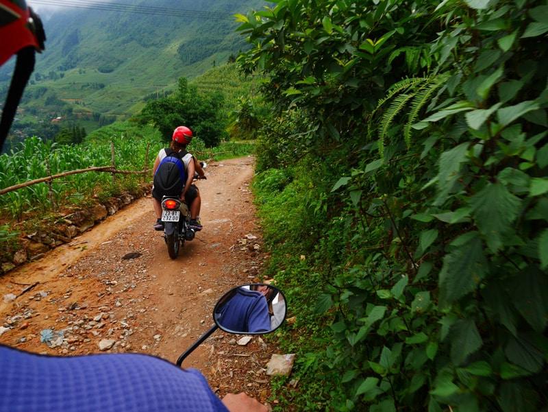 Se déplacer en moto dans le nord Vietnam