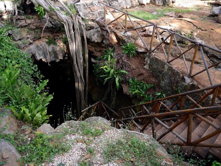 Exterieur Cenote Kankirixe