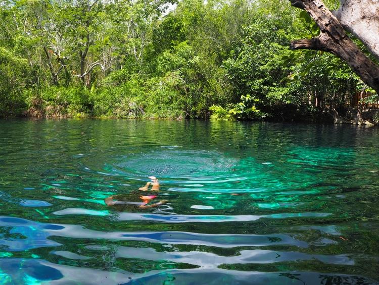 Exterieur cenote Carwash