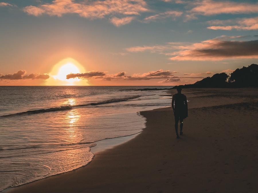 Coucher de soleil sur la plage Martinique