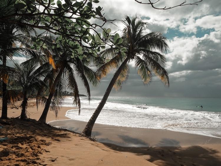 Plage de la Perle à Basse-Terre en Guadeloupe