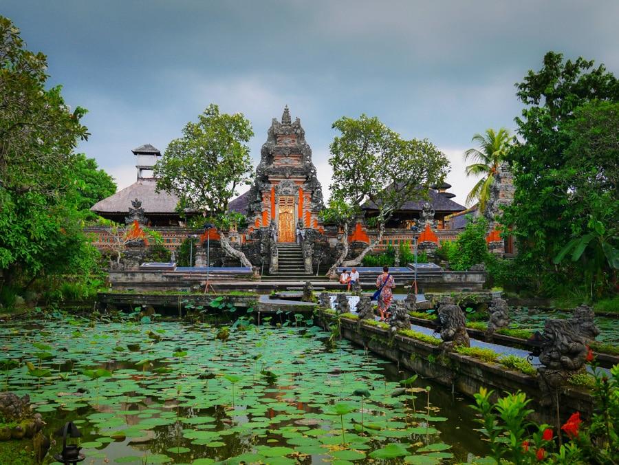 Le Sarawasti Temple d'Ubud