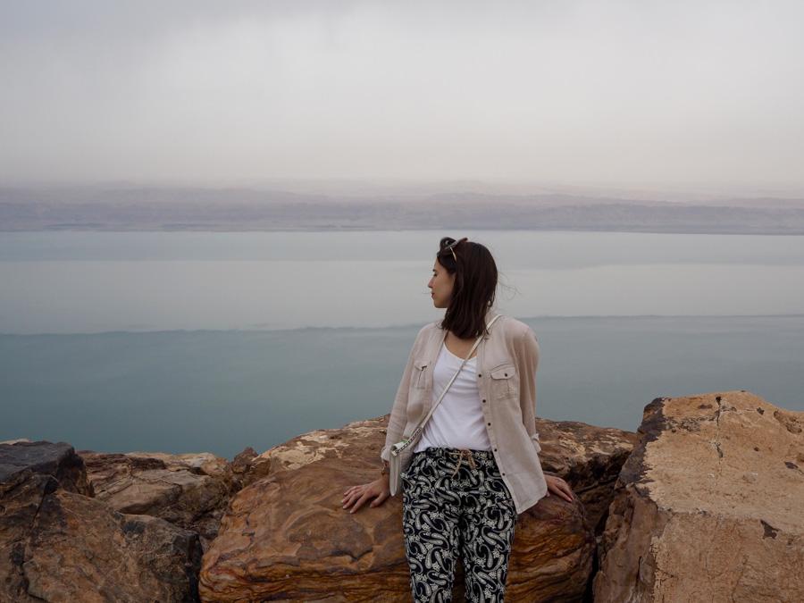 Vue panoramique sur la Mer Morte depuis la Jordanie